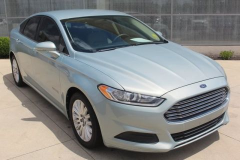 Pre-Owned 2013 Ford Fusion Hybrid SE FWD 4D Sedan