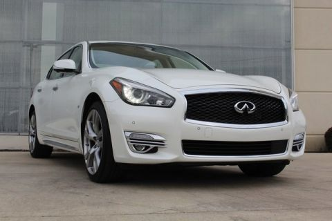 Pre-Owned 2018 INFINITI Q70L 3.7X AWD 4D Sedan