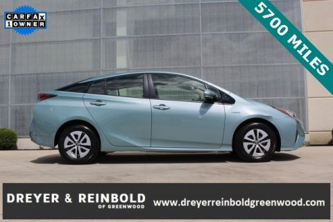 Pre-Owned 2017 Toyota Prius Two FWD 5D Hatchback